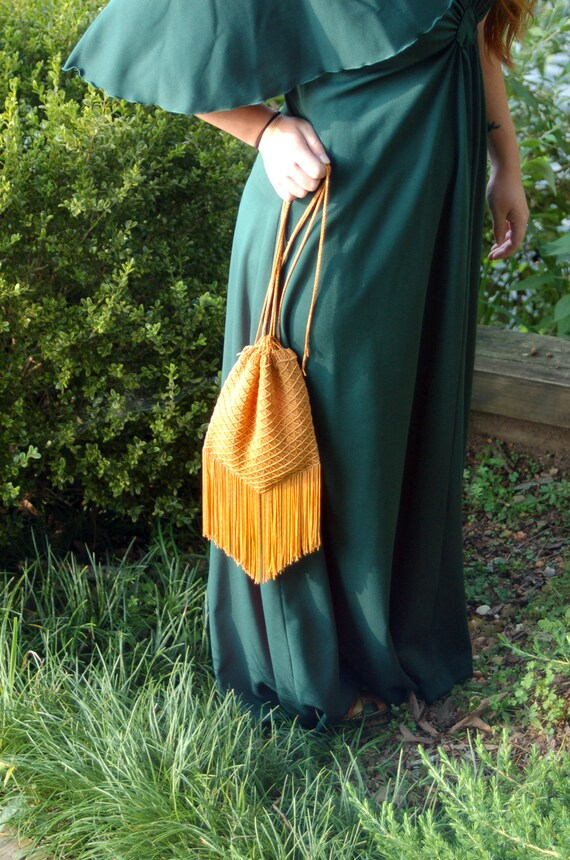 1970s macrame bag pouch bag with fringe orange gol