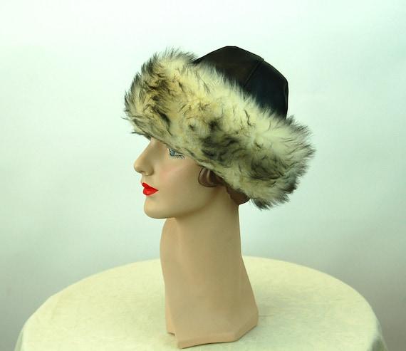 1960s winter hat fur hat black vinyl and faux fur… - image 4