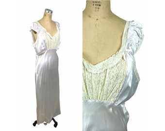 1940s rayon satin nightgown with lace bodice bias cut Size L