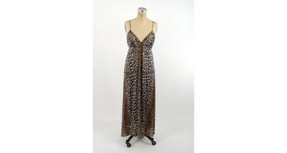 1970s Vanity Fair leopard print nylon nightgown em