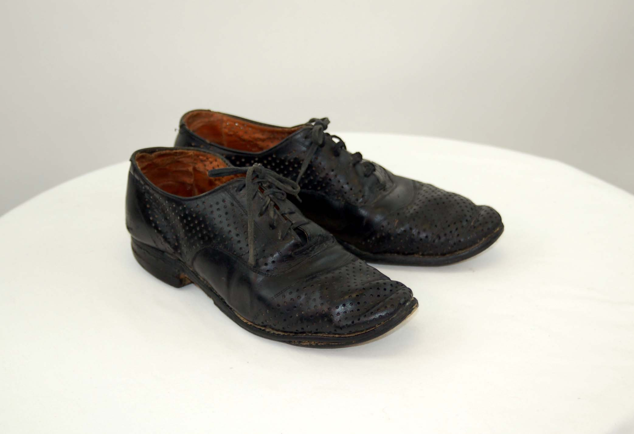 New 1930s Mens Fashion Ties 1930S Black Leather Oxford Shoes Perforated Spectator Size 8 Womens 6.5 Mens $0.00 AT vintagedancer.com