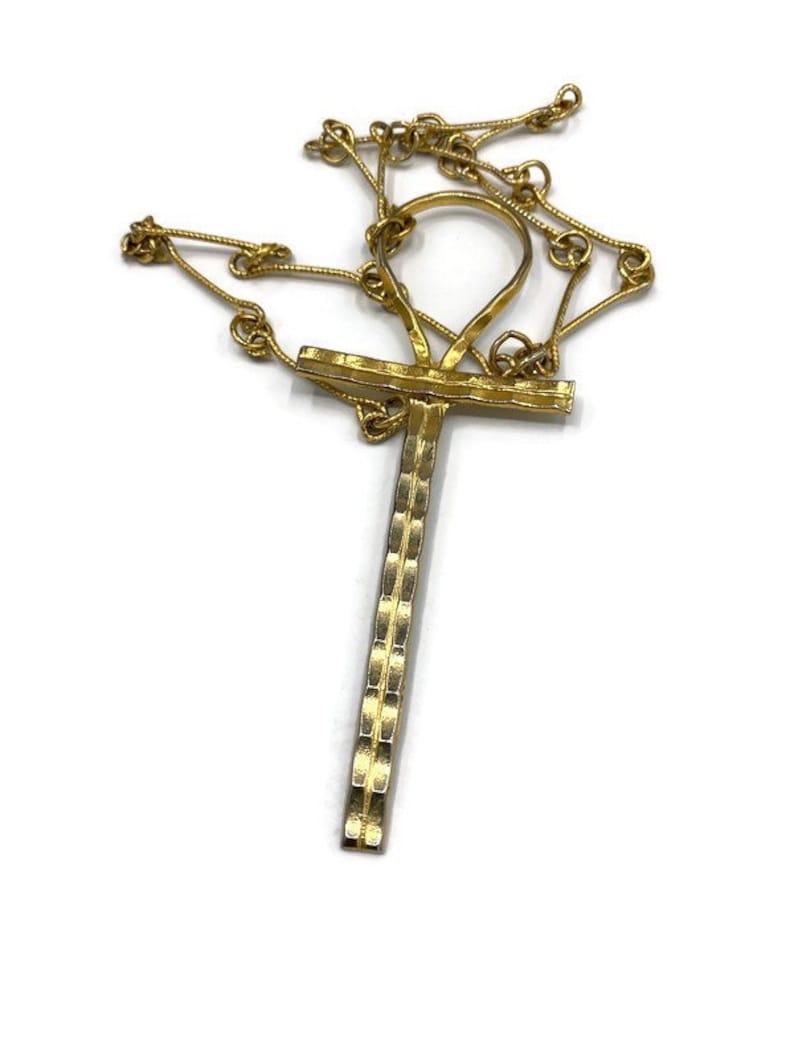Vintage Celebrity NY Ankh Key of Life pendant necklace Gold Tone RR39