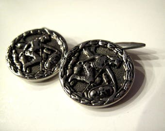 Vintage Loose Button Hole Cuff Links Warrior with Decapitated Head Silver plated