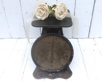 Antique Kitchen Scale, Vintage Scale, Farmhouse Decor, Black Scale, Old Metal Scale, Cottage Style, Utility Scale, Rustic Primitive Scale