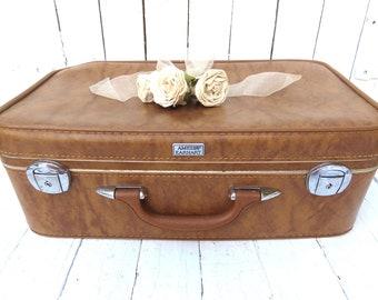 Vintage Suitcase, Old Luggage, Antique Suitcase, Retro Photo Movie Prop, Leather Suitcase, Mid Century Travel Bag, Amelia Earhart Luggage