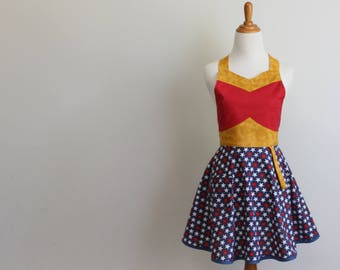 The SUPER WONDER HERO Woman's Full Apron Sewing Pattern - Sizes Extra Small / Small and Medium / Large  #125