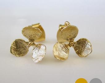Small Flower Stud Earrings- Hydrangea Stud Earrings- Matte Gold Flower Stud Earrings- Matte Silver Flower Stud Earrings- EGS-SD4