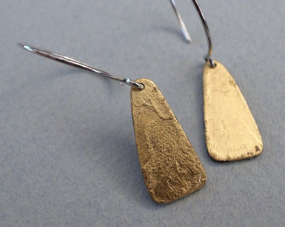 gold dangle earrings - shape 2