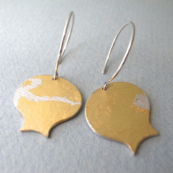 gold dangle earrings - shape 4