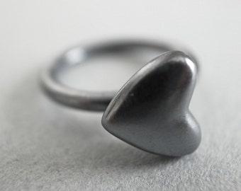 heart stack ring - black