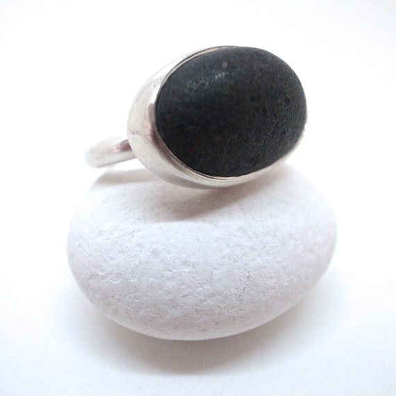 black oval beach rock ring
