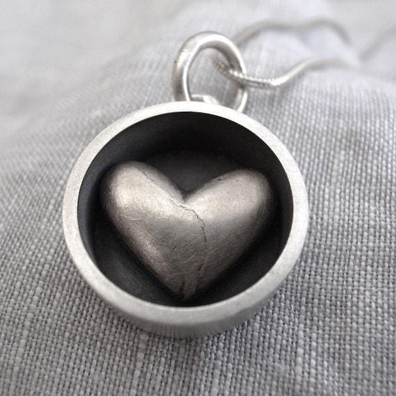 large circle heart pendant
