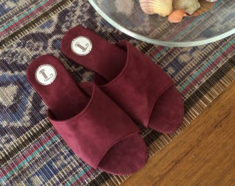 SOKO slides. Burgundy suede women's shoes/sandals. Available to order in different colours and sizes