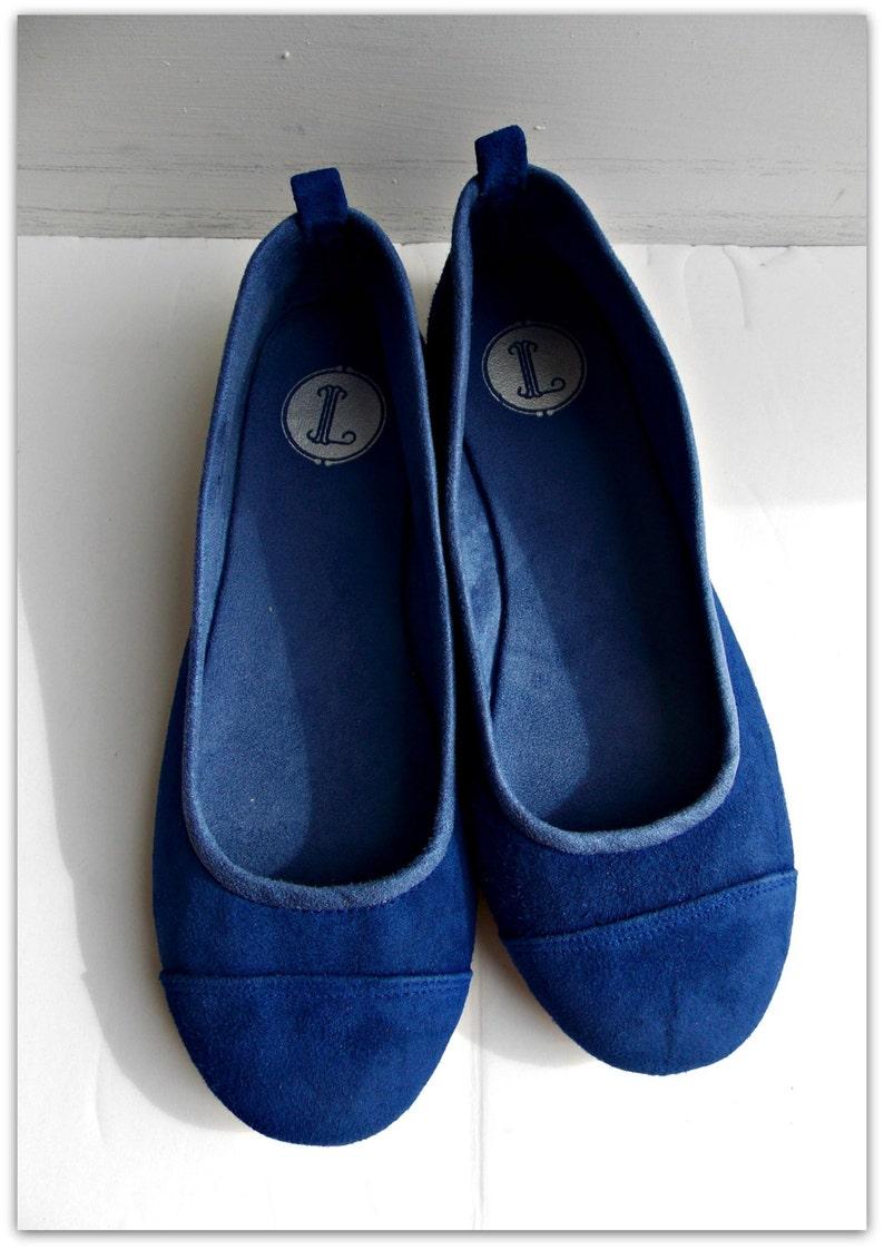 77b3fe951c037 LUNAR. Cobalt Blue flats / women shoes / suede flat shoes / women flats /  Cobalt blue suede flats. Available in different colours