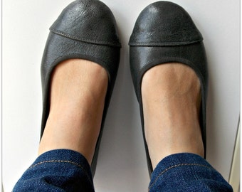 LUNAR- Ballet Flats - Leather Shoes - 38 - Gunmetal Grey. Available in different colours & sizes