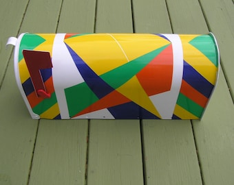 Hand Painted Quilt Pattern Mailbox - Pattern: CRAZY AMISH QUILT C