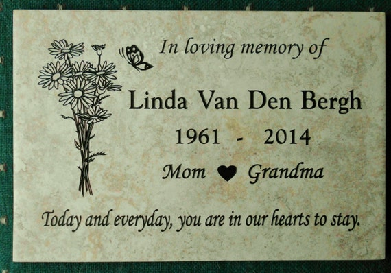 "Garden Memorial plaque. Maintenance Free 12""x8""x3/8"" 'Daisy' design"
