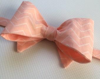b142b16b6220 Mens Neckwear - Shell Pink Bow Tie - Pink Bowtie - Pink Zig Zag Bow Tie -  Men's Bow Ties - Mens Bow Ties - Mens Necktie - Groomsmen Bow Tie