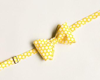 Mens Bow Ties, Yellow Dot Bow Tie, Yellow Bow Tie, Groomsmen Bow Ties, Wedding Bow Tie, Cotton Bow Tie, Yellow Polka Dot