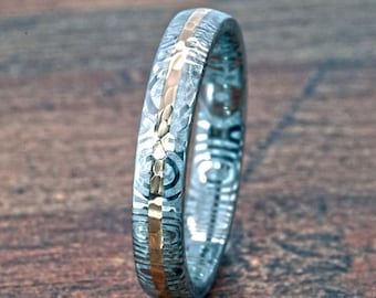 New 4mm Wide Damascus Steel Ring with a Solid 14k Gold Inlay - DS-4HR11G-14K-HBG
