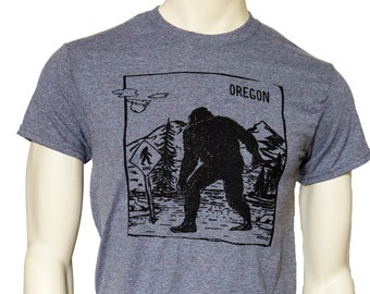 Oregon Bigfoot Xing | Men's classic T Shirt | Oregon Sasquatch | up to 5XL | Yetti | Travel tees.