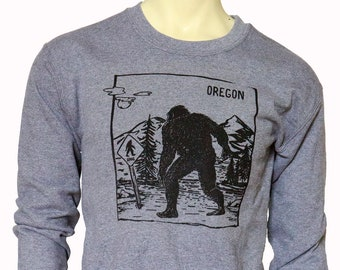 Oregon Bigfoot X-ing | clasic unisex sweatshirt | Oregon Sasquatch crossing