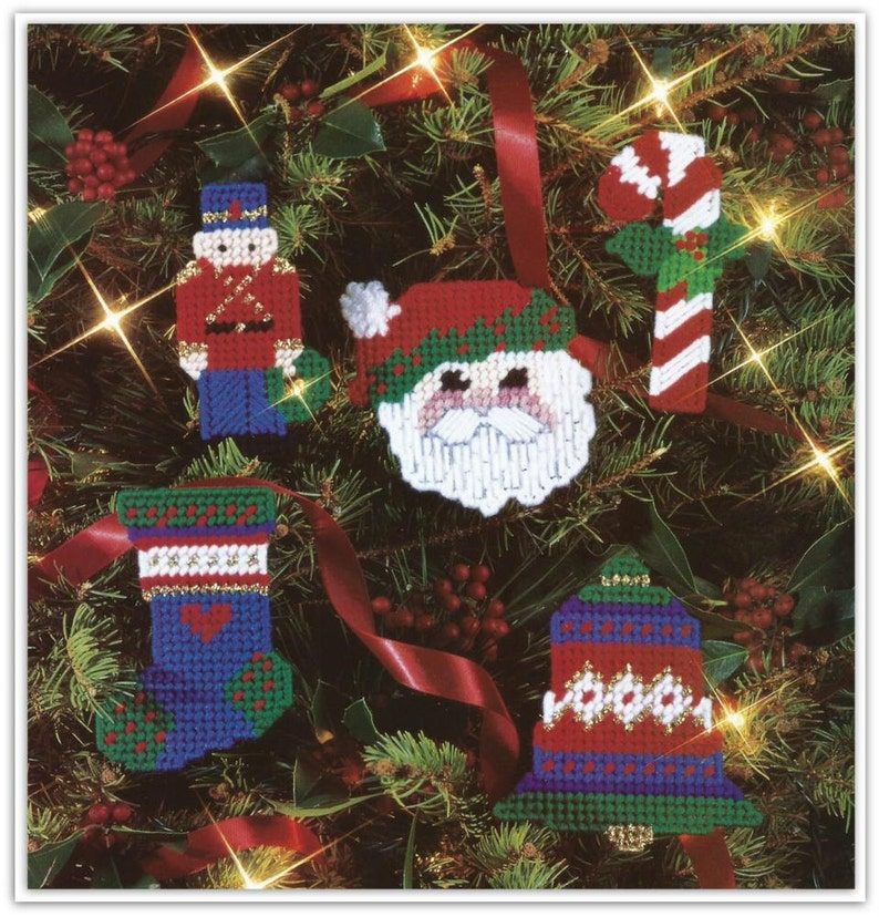 Plastic Canvas Christmas Ornament Patterns.Christmas Ornaments Pattern Plastic Canvas 10 Ornaments To Make Pattern 01120547