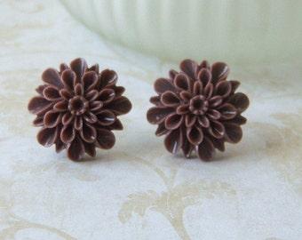 Chocolate Earrings/Brown Dahlia Post Earrings/Brown Flower Earrings/Dark Brown Earrings/Flower Post Earrings/Post Earrings