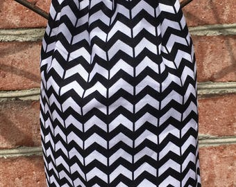 Plastic Grocery Bag Holder, Black and White Chevron Stripe