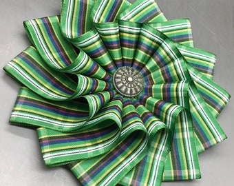 Green Plaid Tartan Scottish Blue, Yellow, Green and Black Wheel Cocarde Applique Large Size