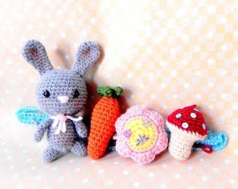 Amigurumi pattern - Little bunny N his toys - Crochet mobile tutorial PDF