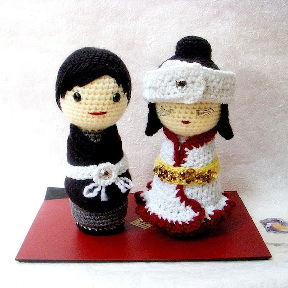 Crochet Japanese Amigurumi Dolls Kimono Pattern - Crochet News | 570x570