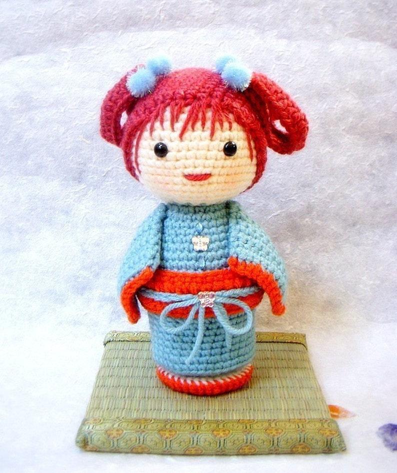 Amigurumi Kokeshi Doll - FREE Crochet Pattern and Tutorial by ... | 947x794