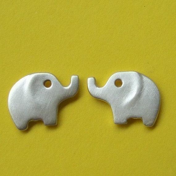 d6f2e9e3b228 Verkauf Silber Elefant Gold Elefant Ohrstecker Sterlingsilber   Etsy