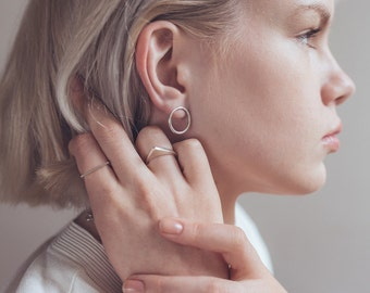 Circle earrings.