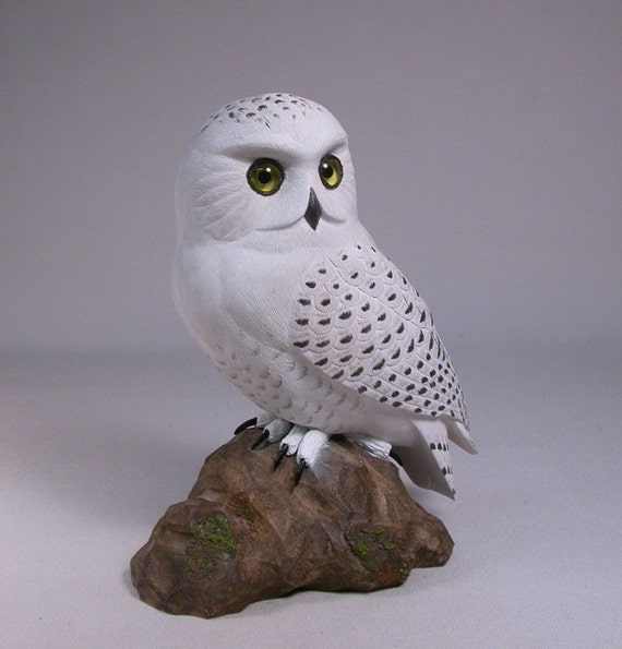 "7"" Snowy Owl Hand Carved Wooden Bird"