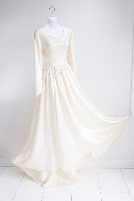 Liquid Silk, Wedding Dress with Peplum Bustle- Sz