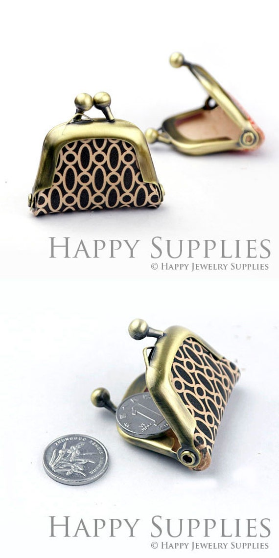 1pcs QB010 Handmade Tiny Antique Bronze Photo Leather Purse Pendant  Charm
