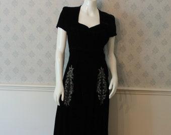 Vintage 1940s Long Black Velvet Short Sleeve Dress with Beaded Pockets