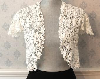 Vintage White Hand Made Irish Lace Floral Short Sleeve Cropped Bolero Jacket