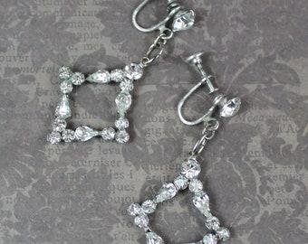 Vintage Sparkling Clear Triangular Drop Rhinestone Silver Screw Back Earrings