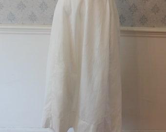 Vintage Light Weight White Cotton Plain Women's Petticoat or Skirt