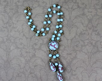 Vintage 1920s to 1930s Turquoise and Red Swirl Glass Beaded Drop Necklace