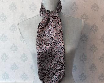 Vintage Casual Corner Women's Paisley Ascot Tie
