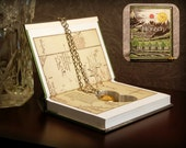 Hollow Book Safe with Heart - The Hobbit Pocket Edition (Magnetic Closure)