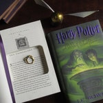 """Hollow Book Safe Ring Bearer    Harry Potter and the Half-Blood Prince """"Unbreakable Vow""""   Magnetic Closure"""