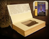 Hollow Book Safe & Flask - Edgar Cayce Modern Prophet (Magnetic Closure)