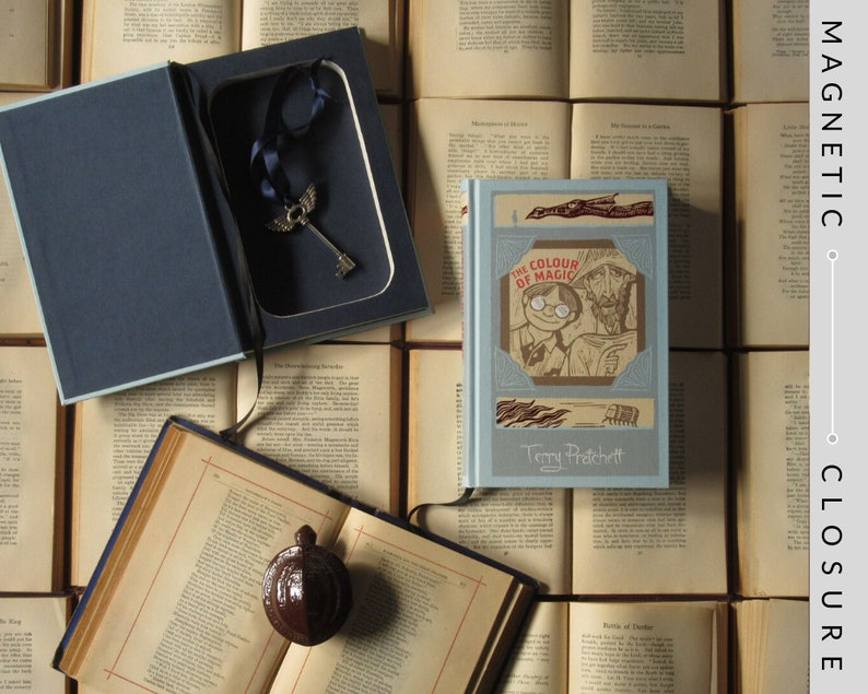 Hollow Books Safe  Discworld: The Colour of Magic  Magnetic image 0