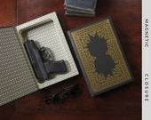 Hollow Book Gun Safe | Shakespeare | Magnetic Closure