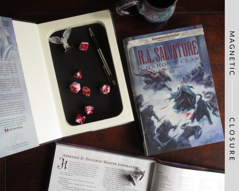 Dice Tray Hollow Book  Dungeons & Dragons Forgotten Realms: image 0